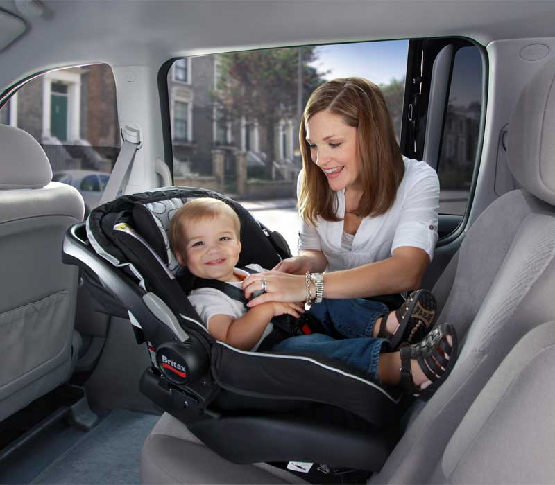 travel safely with baby in car with Qualizzi Mottors
